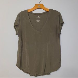 American Eagle Soft and Sexy T (Favorite T)